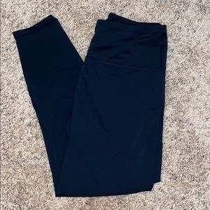 Black workout leggings